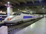 800px-tgv_train_inside_gare_montparnasse_dsc08895.jpg